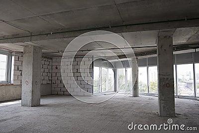 Intérieur du bâtiment en construction