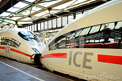 Intercity-Express in Duisburg Station Editorial Photography