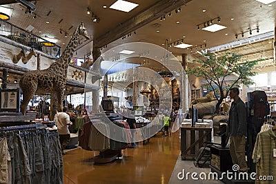 Interior de Bass Pro Shop no hotel em Las Vegas, nanovolt o de Silverton Foto de Stock Editorial