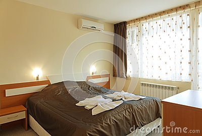 Interior Design: Piccola Camera Da Letto In Un Hotel Fotografia Stock ...