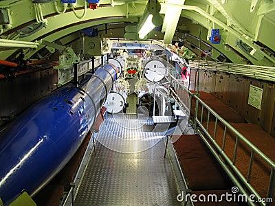 Interior do submarino velho imagens de stock royalty free for Interior submarino