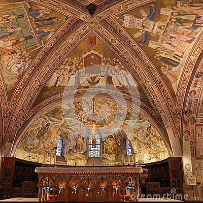 Free Interior Famous Basilica Of St. Francis Of Assisi Basilica Papale Di San Francesco With Lower Plaza At Sunset In Assisi, Umbria, Royalty Free Stock Photography - 97084517