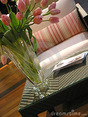 Free Interior Furnuture Vase Royalty Free Stock Photos - 534048