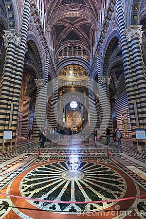 Free Interior O Siena Cathedral Duomo Di Siena, Medieval Church, It Stock Images - 100363074