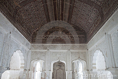 Interior of palace in Orchha