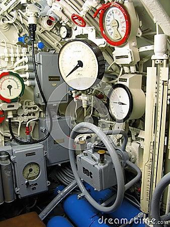 Interior submarino foto de archivo imagen 17609500 for Interior submarino