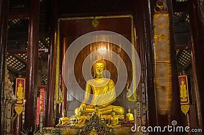 Interior, Wat Phan Tao, Tailandia