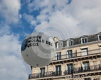 Internationell dag av höger sida för teckenspråk i Paris Redaktionell Fotografering för Bildbyråer