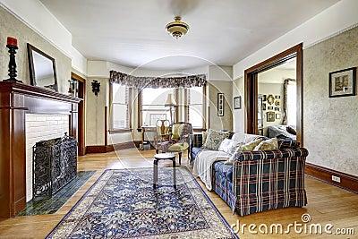 Interno del salone in vecchia casa americana fotografia for Interno casa antica