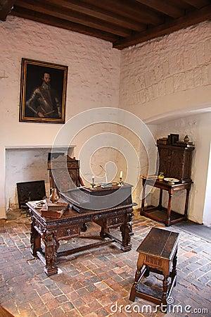 Interno medievale fotografia stock immagine 47379924 for Interno della casa