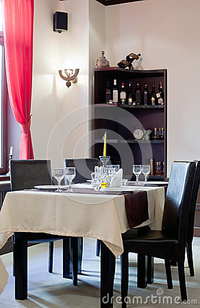 Intimate restaurant table and chairs