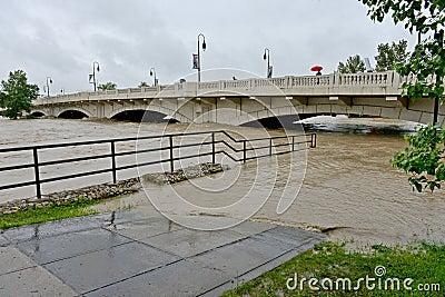 Inundación 2013 de Calgary Imagen editorial
