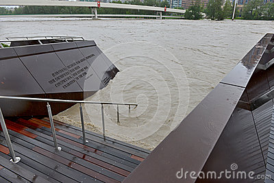 Inundación 2013 de Calgary Foto editorial