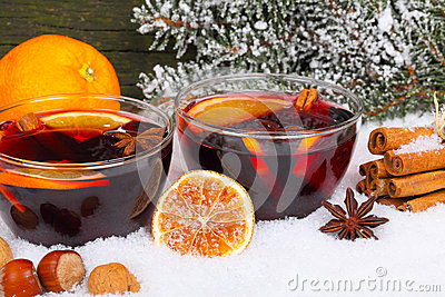 Invitation to mulled wine