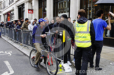 IPhone 5 launch in London Editorial Stock Image