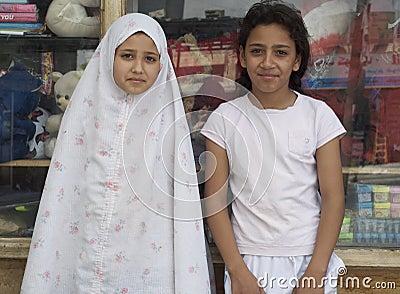 Iraq Refugee Girls