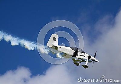 Irisches Flugzeug parkte auf Laufbahn