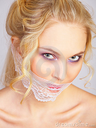 Free Irl With Lace Mask On The Mouth Royalty Free Stock Images - 12821089