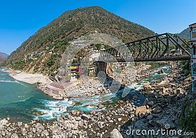 Iron bridge in Rudraprayag