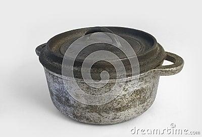 Iron cooking pot