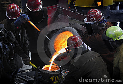 Iron Pour - Workers Gather Around