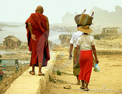 Irrawaddy Wall Walk, Road-to-Mandalay, Myanmar (Burma)