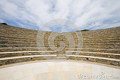 Isla griega Cícladas del IOS del anfiteatro