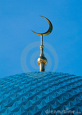 Free Islamic Crescent On Mosque Royalty Free Stock Photography - 19006147