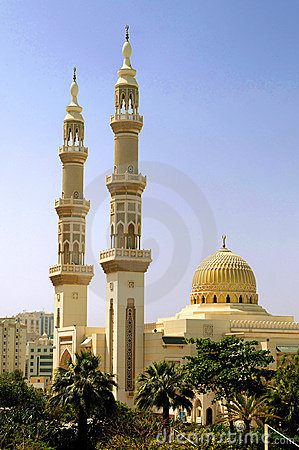 Islamic Mosque With Minarets Royalty Free Stock Image
