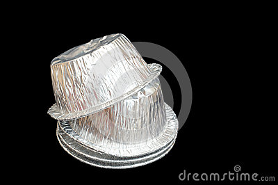 Isolated foil baking cup