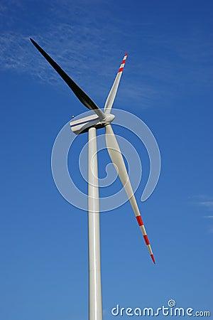 Isolated wind turbine