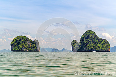 Isole del parco nazionale di Phang Nga in Tailandia