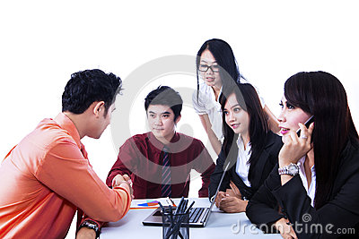 Isolerat möte för affärslagöverenskommelse -
