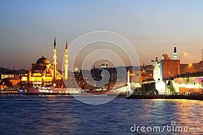 Istanbul, Eminonu Harbor