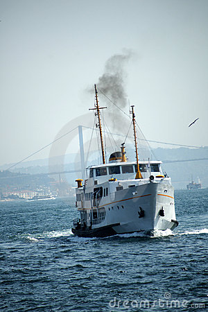 Free Istanbul Ferry Royalty Free Stock Photos - 11176278