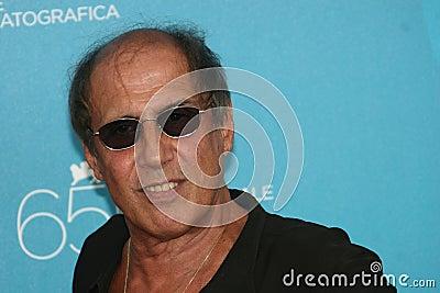 Italiaanse acteur, zanger Adriano Celentano Redactionele Afbeelding - italiaanse-acteur-zanger-adriano-celentano-12858885