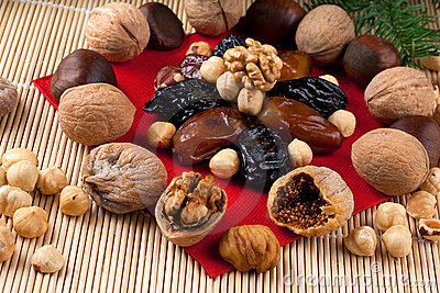 Italian Christmas Dried Fruit and Nuts