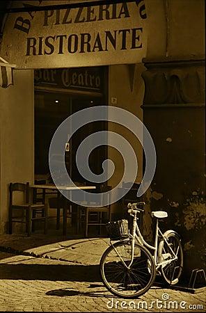 Free Italian Corner Royalty Free Stock Image - 1926296