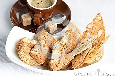 Italian crisp almond cookies cantuccini