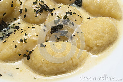 Gnocchi with four cheese sauce