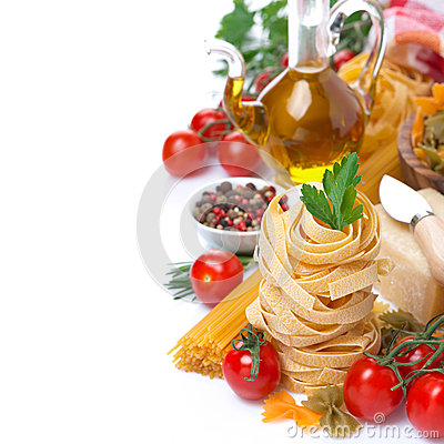 Free Italian Pasta Nests, Vegetables, Spices, Olive Oil, Isolated Stock Images - 47228434