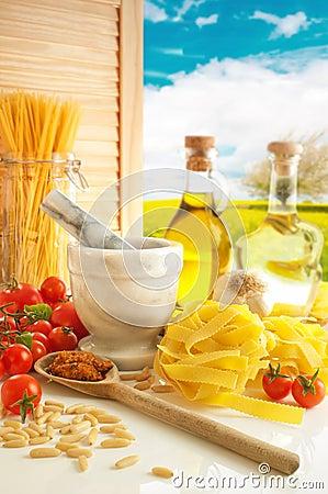 Free Italian Pasta & Pesto Kitchen Royalty Free Stock Photo - 15970755