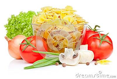 Italian Pasta with Tomato, Scallions, Lettuce
