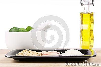 Italian pesto sauce ingredients