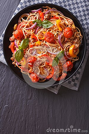 Free Italian Spaghetti With Vegetables Vertical Top View Royalty Free Stock Photo - 53918085