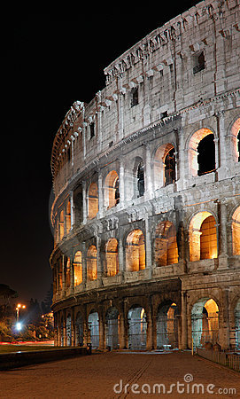 Free Italy. Rome ( Roma ). Colosseo (Coliseum) At Night Royalty Free Stock Photography - 13226427