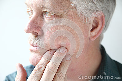 Itchy rash on man s face
