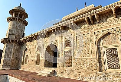 Itmad Ud Daula, Agra