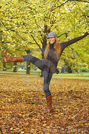 Free Its Autumn! 2 Royalty Free Stock Image - 3314216