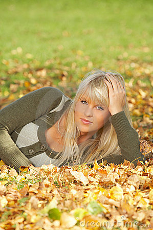 Free Its Autumn! Stock Images - 3283044